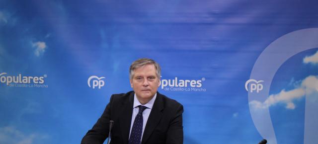 """Cañizares afirma que el TC censura la """"actitud constante"""" de Page de """"intentar evitar los controles parlamentarios a su actividad ejecutiva"""" al admitir el recurso del PP contra el presupuesto regional de 2020"""
