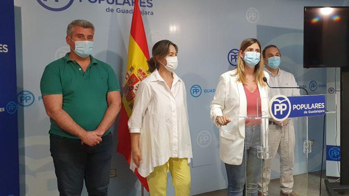 """Agudo anuncia que el PP-CLM pedirá la comparecencia de la presidenta de la FEMP-CLM en las Cortes para que explique """"por qué el PSOE quiere meter la mano en los ahorros de los ayuntamientos"""""""