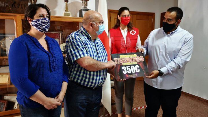Cruz Roja recibe 350 euros de las entradas no devueltas del Concurso de Talentos suspendido en el Verano Cultural en la localidad de Villarrobledo