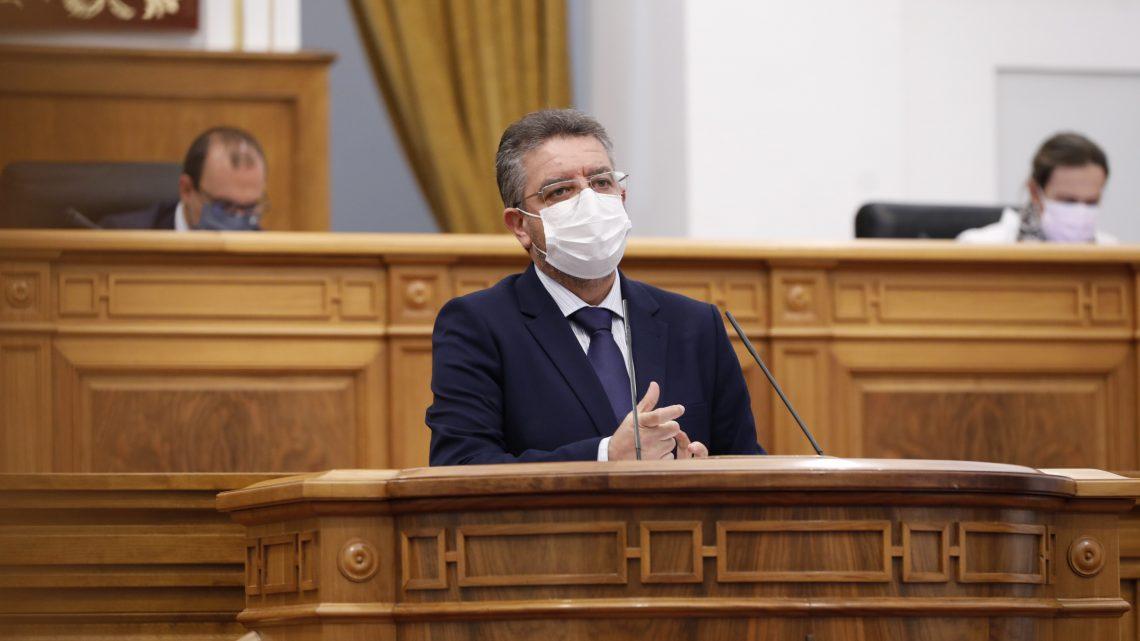 """El PP-CLM acusa a García-Page de volver a castigar a los hosteleros, por obligarles a hacer de """"rastreadores epidemiológicos"""" sin consensuarlo con el sector"""