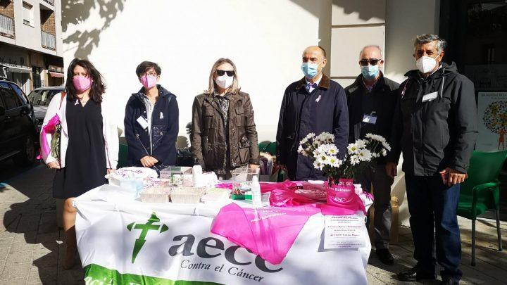 El Alcalde de Villarrobledo muestra su apoyo y envía un mensaje de fuerza a quienes están luchando contra el cáncer de mama