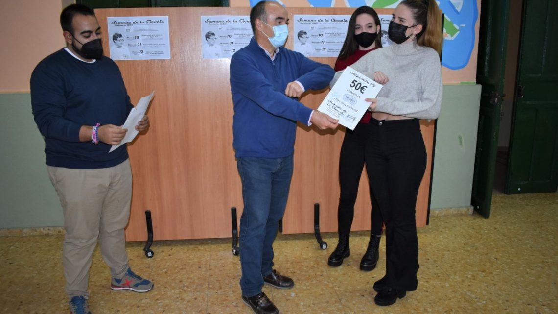 Entregados los premios del concurso Kahoot de la Semana de la Ciencia de la Concejalía de Juventud