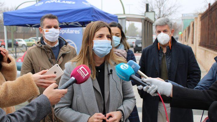 """Agudo: """"El PP-CLM continúa en la calle defendiendo la libertad educativa y recogiendo firmas en contra de la Ley Celaá"""""""