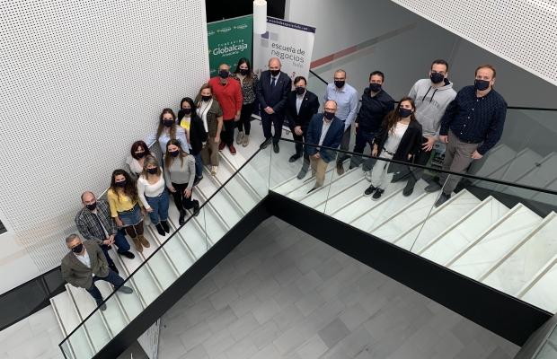 LA FORMACIÓN Y EL DESARROLLO EMPRESARIAL SE AFIANZAN ENTRE ESCUELA DE NEGOCIOS FEDA Y FUNDACIÓN GLOBALCAJA-ALBACETE