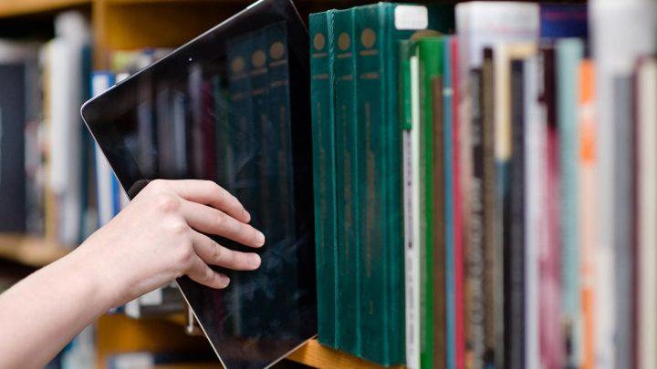 570 profesionales de Castilla-La Mancha recibirán cursos para potenciar la oferta de servicios telemáticos en las bibliotecas de la región