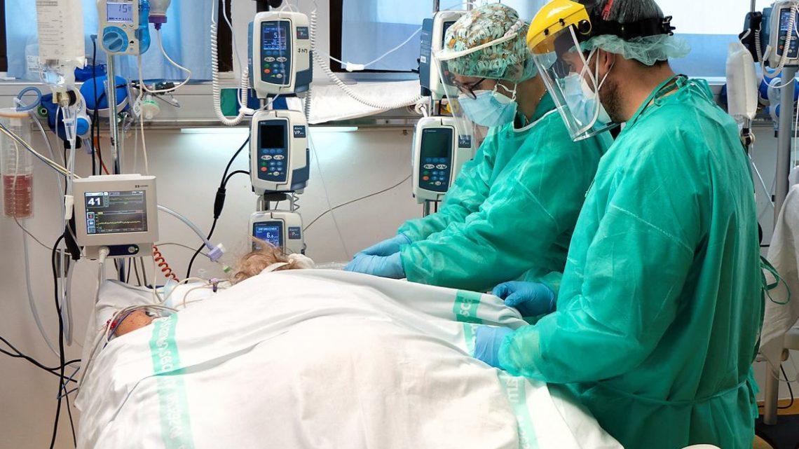 Sanidad registra 909 nuevos casos de coronavirus durante el fin de semana