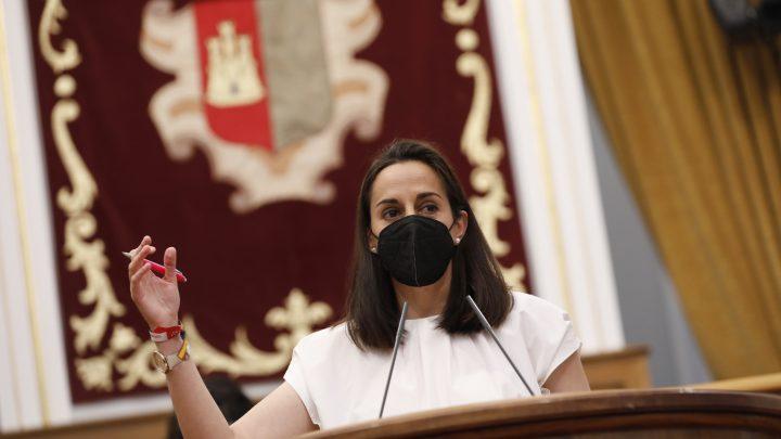 Roldán reclama al PSOE de Page que se posicione contra la subida de la luz propuesta por Sánchez ante el fuerte impacto que provocará a los consumidores