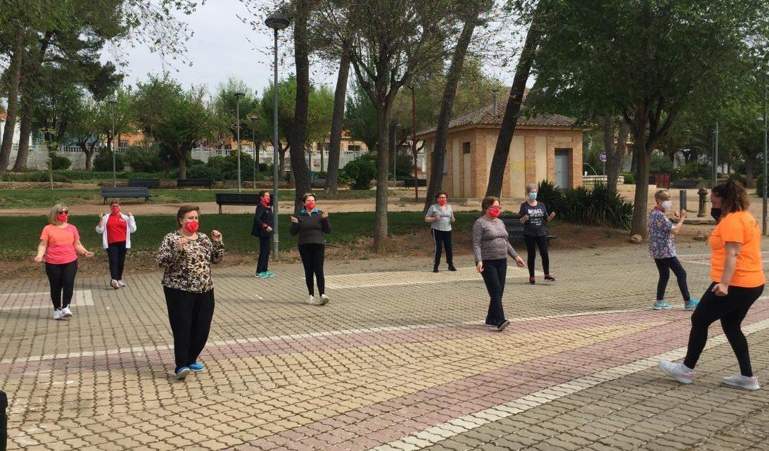 El Gobierno de Castilla-La Mancha inicia el programa 'Hábitos saludables al aire libre' para las y los usuarios de los centros de mayores