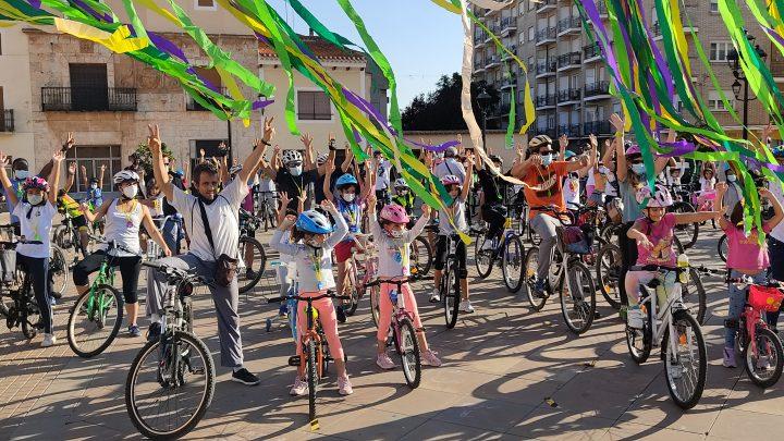 Éxito absoluto en la VI Bicicletada organizada por Podemos y Se Puede Villarrobledo