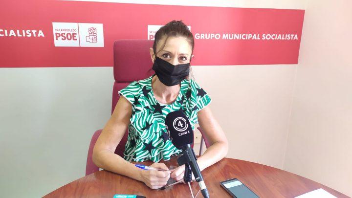 Esta mañana la concejala socialista, Rosario Herrera ofrecía una rueda de prensa para informar sobre las ayudas para asociaciones sociosanitarias de la Diputación Provincial de Albacete.